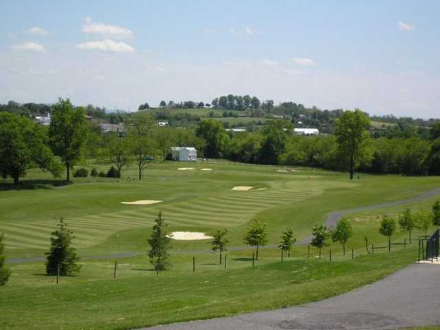 A view of green and fairway #1 at Heritage Oaks Golf Course