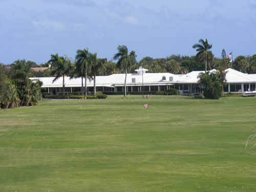 A view of the clubhouse at Tequesta Country Club