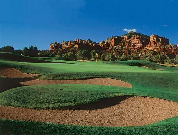 A view of hole #8 protected by bunkers at Sedona Golf Resort