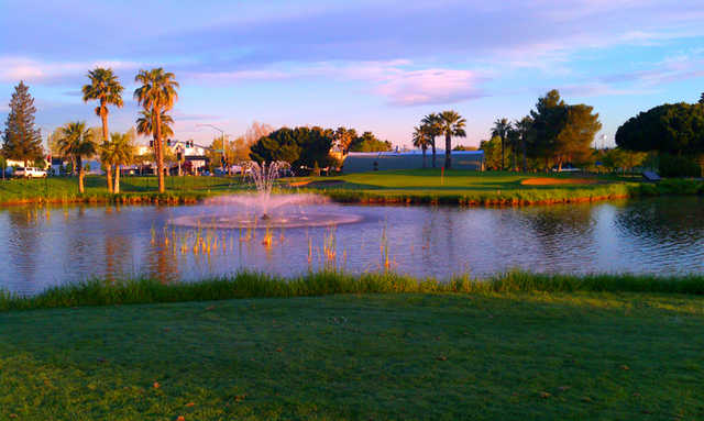 A view of green with water fountain in foreground (courtesy of Diablo Creek Golf Course)