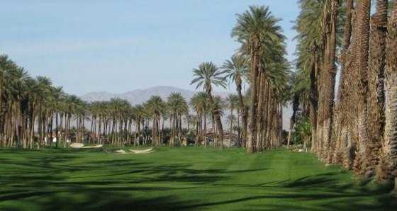 A view of the 14th green (courtesy of Palms Golf Club)