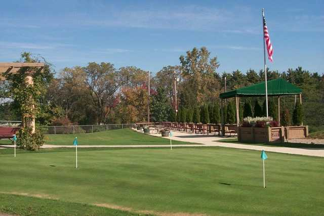 A view of the practice putting green at Ella Sharp Park Golf Course