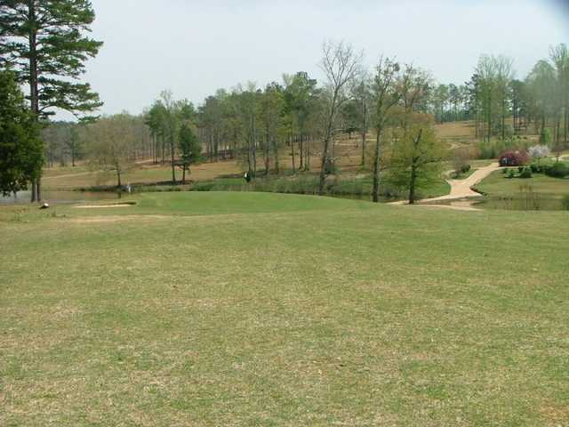A view of the 4th green at Lake Jonesco Golf Course