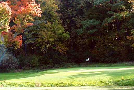 A view of the 10th green at Marshfield Country Club