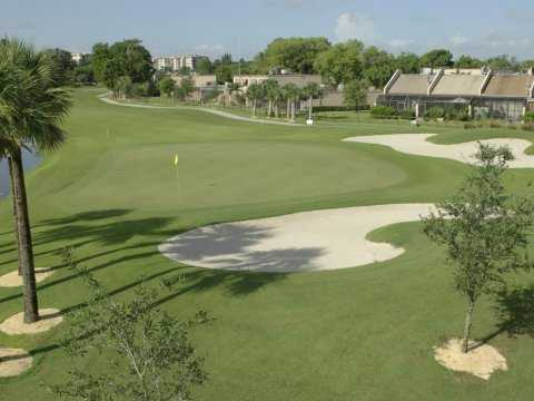 A view of the 2nd green at Pembroke Lakes Golf & Racquet Club