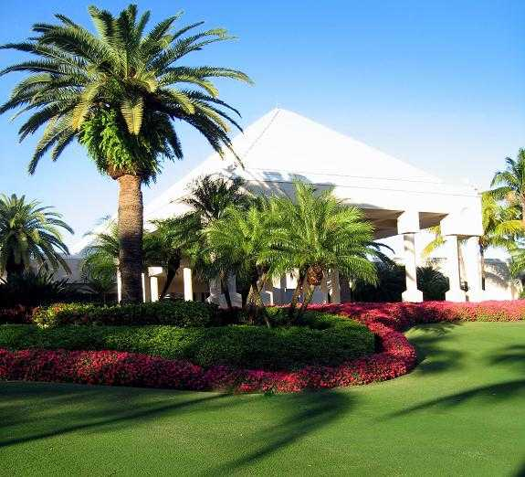A view of the clubhouse entrance at The Falls Club of the Palm Beaches