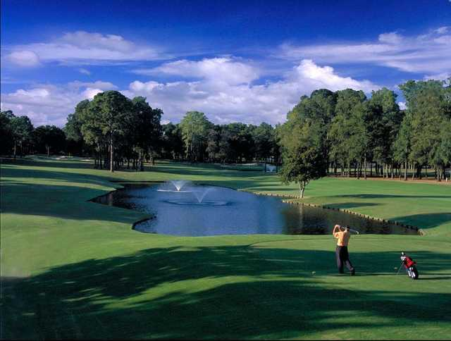 A view of the 9th hole at Walden on Lake Conroe Golf & Country Club
