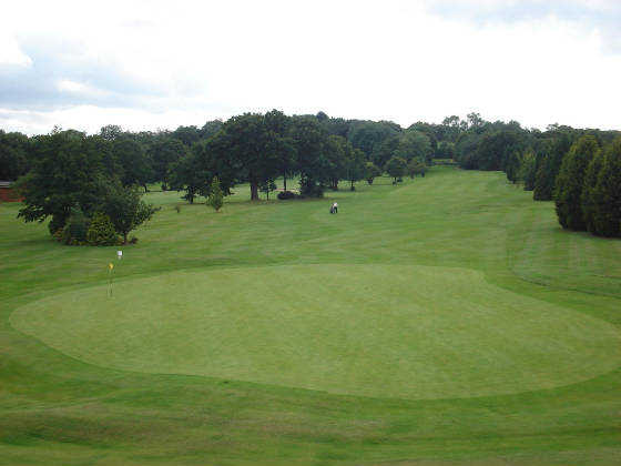 A view of green #18 at Stanmore Golf Club