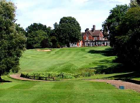 Brickendon Grange Golf Club 18th and clubhouse
