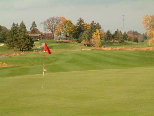 View of a green at Groesbeck Golf Course