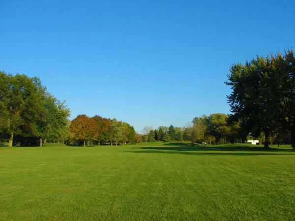 View of the 18th green from Scherwood Golf Course