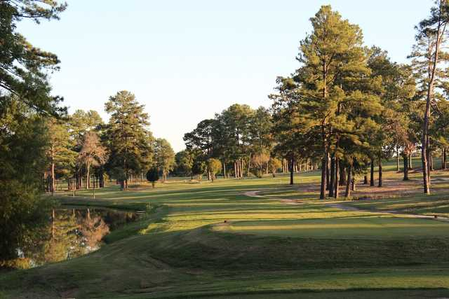 A view of a tee at Alpine Golf Club