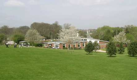 A spring view of the clubhouse at Stone Golf Club