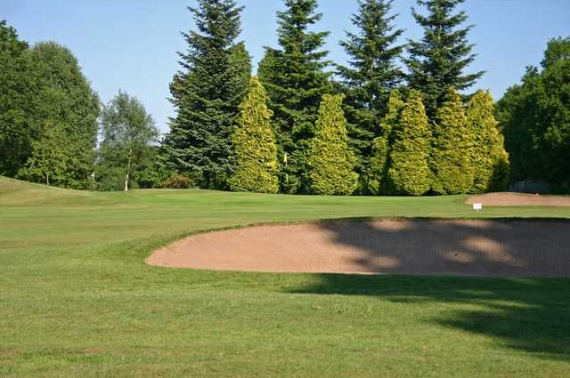 A view of the 12th green at Robin Hood Golf Club
