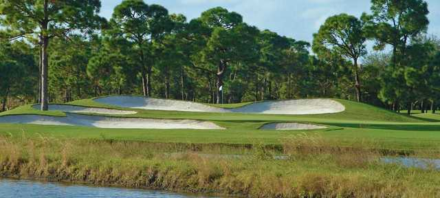 A view of a hole protected by sand traps at Admiral's Cove.