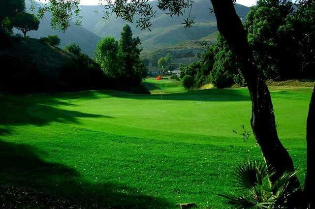 A view of green #13 at Shorecliffs Golf Course