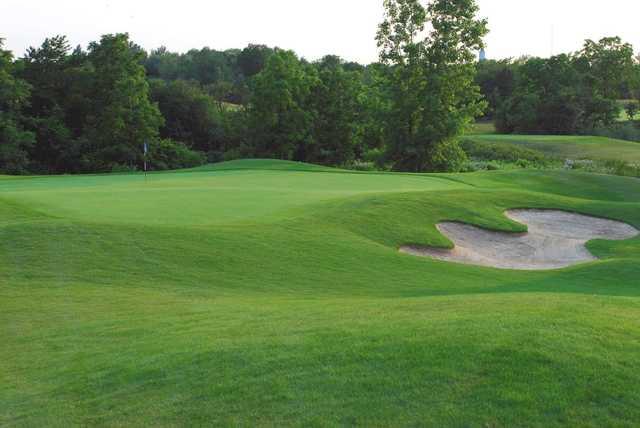 A view of a green at Royal Niagara Golf Club