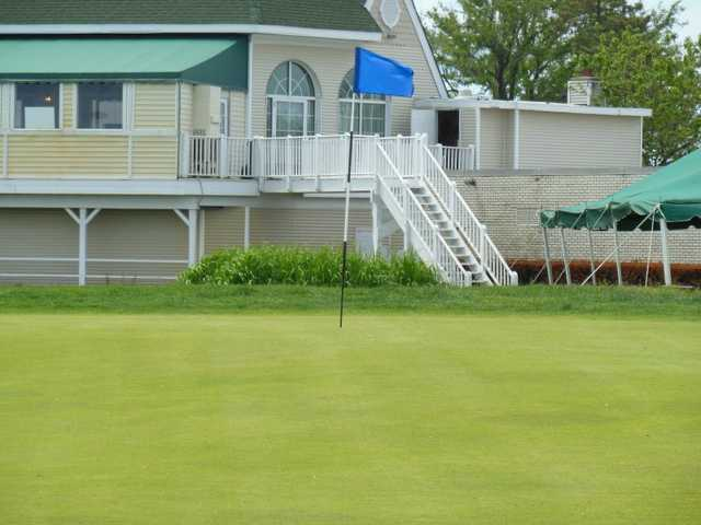 A view of the 9th hole at Lido Golf Club