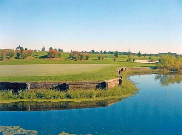 A view over the water of hole #14 at Wetlands Golf Club