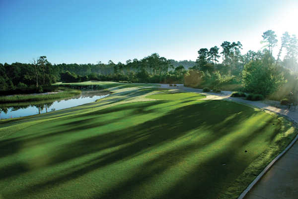 A view of the hole #15 at Orange Lake Resort - The Legends Course