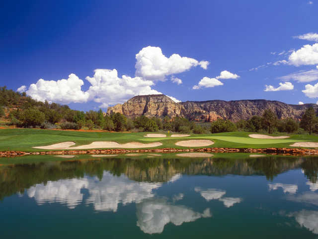 View of the 6th green at Seven Canyons Golf Club.