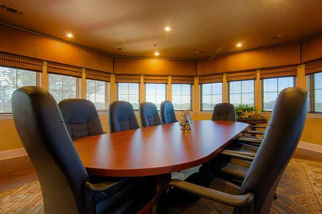 Southern Oaks GC: Meeting room