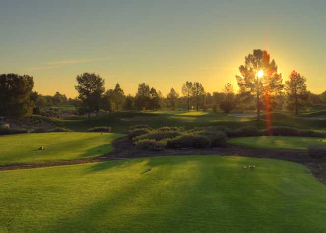 A view of the 2nd green at Raven Golf Club - Phoenix