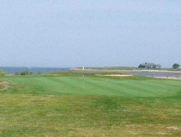 A view of the 5th hole at Short Beach Golf Course