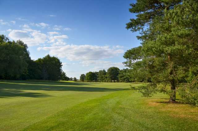 View from the rough of the 1st fairway at Chippenham Golf Club