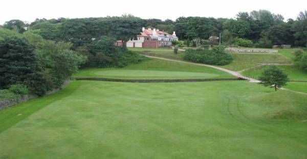 18th hole at Oakdale Golf Club
