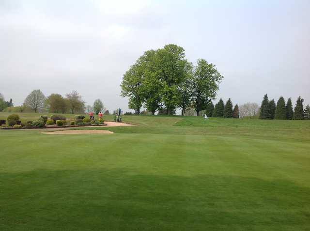 A tough approach to the green at Hoebridge Golf Centre