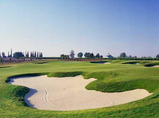 A view of green #4 at Ridge Creek Dinuba Golf Club