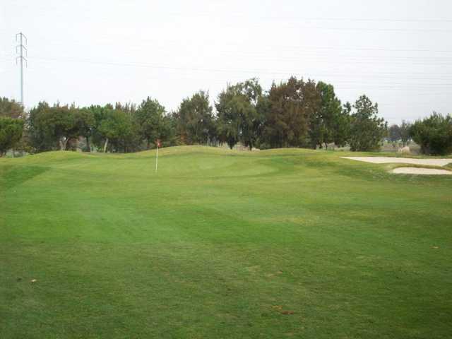 A view of green #1 at Santa Clara Golf & Tennis Club.