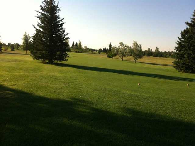 A view of a tee at Kingham Prairie View Golf Course (Julie Rust)