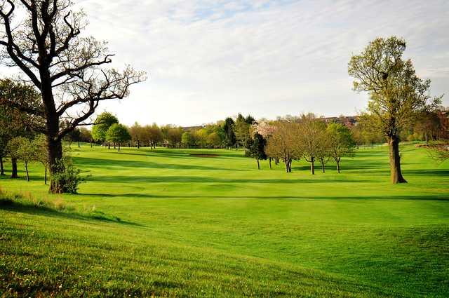 Windmill Village Hotel, Golf & Leisure Club