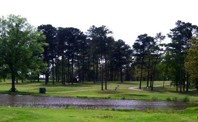 A view of the 17th green at Cherokee Country Club