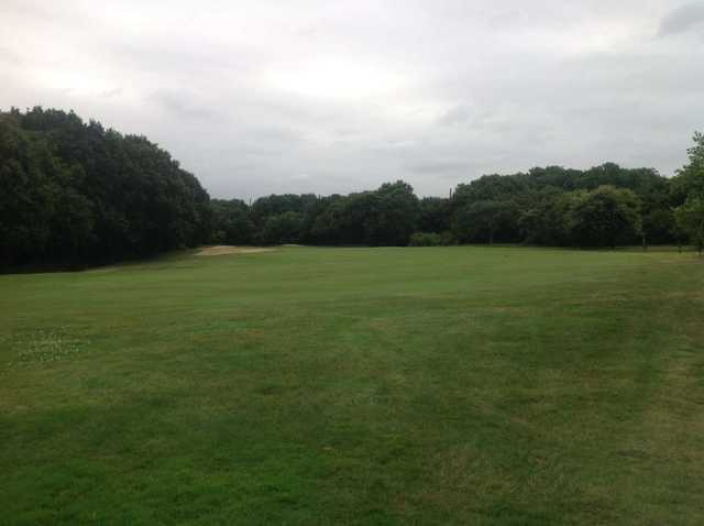 1st green, West Middlesex Golf Club