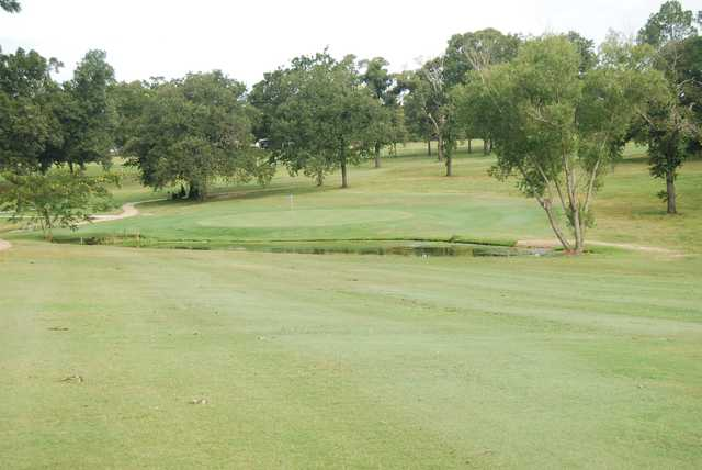 A view of a green at Jasper Country Club.
