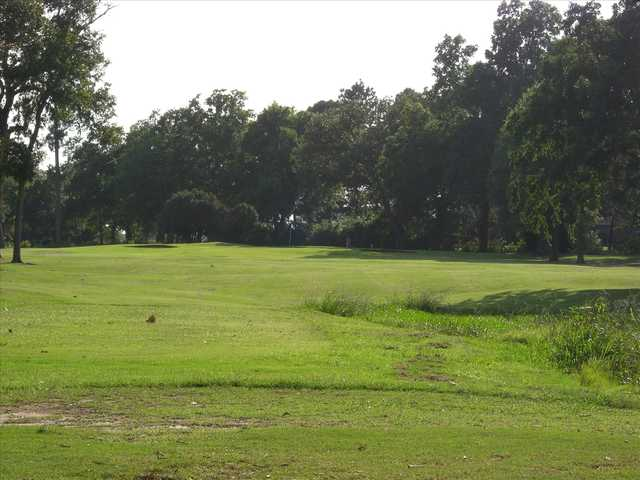 A view of a hole at Paris Golf & Country Club.