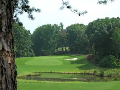 A view of green #4 at Westport Golf Course