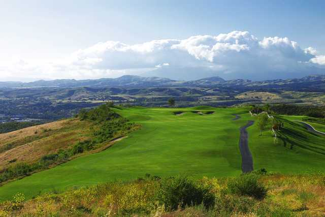 A view of a fairway and one of the manicured greens at Tierra Rejada Golf Club.