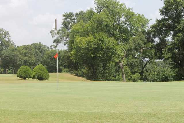 A view of a green at Gus Wortham Park Golf Course.