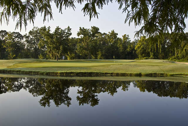 A view of a green with water coming into play at Santa Maria Golf Club.