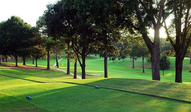 A view of a tee at Willow Brook Country Club.