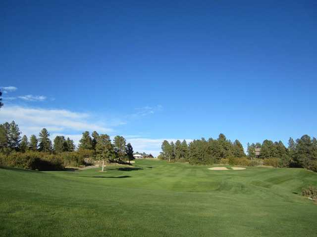 A view of fairway #18 from The Ridge at Castle Pines North.