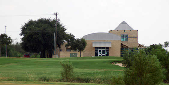 A view of the clubhouse at Mission Del Lago Municipal Golf Course