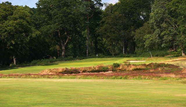 A view of the 1st green at Broadstone Golf Club.