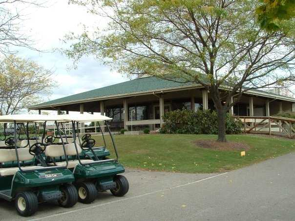 A view of the clubhouse at Deer Creek State Park Golf Course