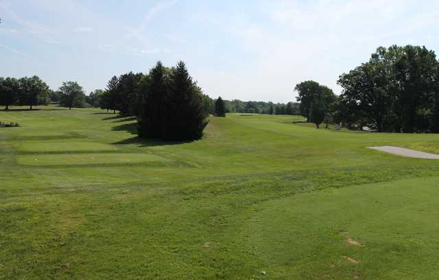 A view of a tee at Groesbeck Golf Course.