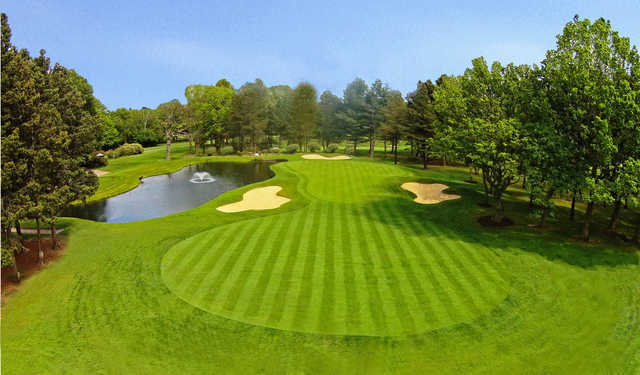 View of the 16th hole at Robin Hood Golf Club